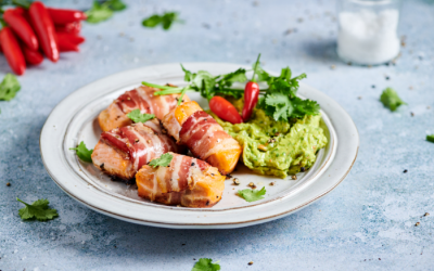 Pancetta-wrapped salmon with avocado mousse