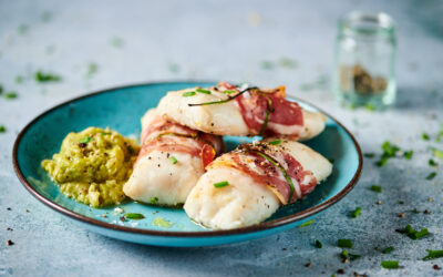 Hake rolls with Italian coppa and fava beans cream